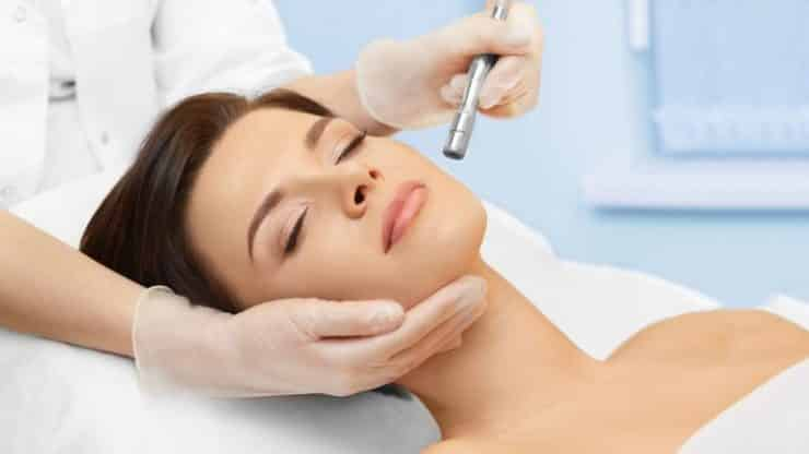 Microdermabrasion, Benefits and Side Effects